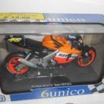 Moto 1/22 Ass. Valentino Rosi Motogp 2001/2004